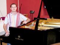 За роялем С.Рихтера